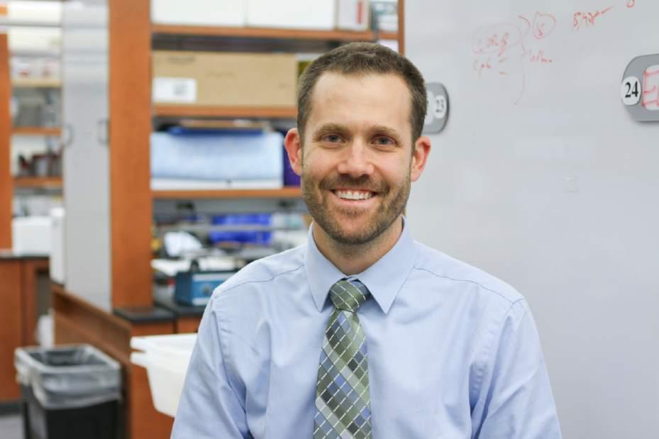 Dr Scott Canna